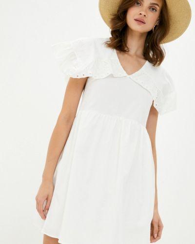 Прямое белое платье Trendyol