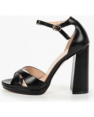 Босоножки черные на каблуке Teetspace