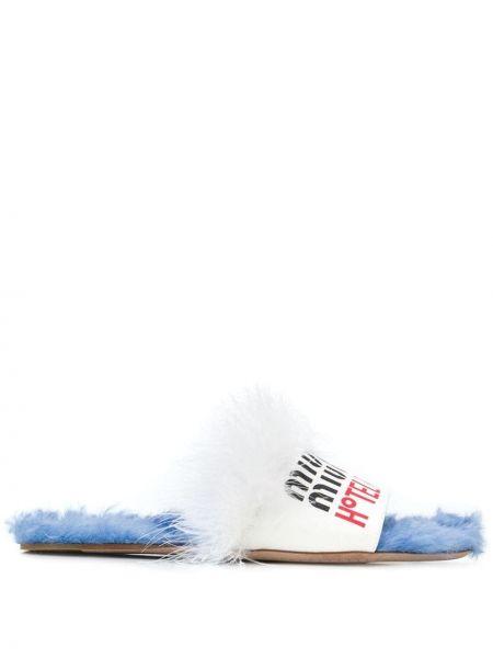 Białe klapki skorzane Miu Miu