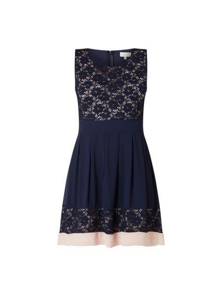 Niebieska sukienka rozkloszowana koronkowa Apricot