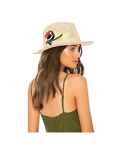 Бежевая шапка Hat Attack