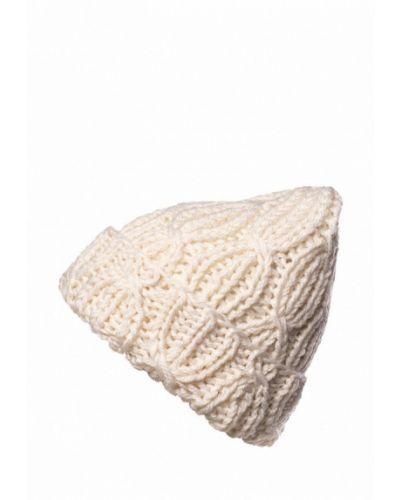 Белая шапка осенняя A.t.t.