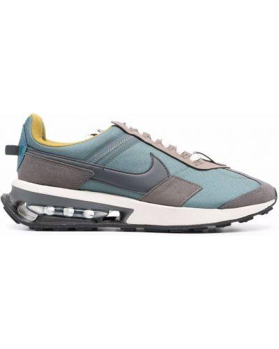 Серые кружевные кроссовки Nike
