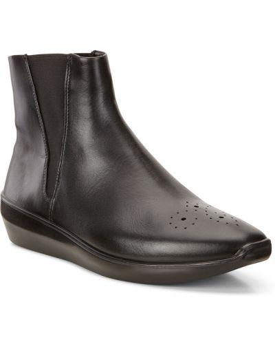 Ботинки на платформе осенние коричневые Ecco
