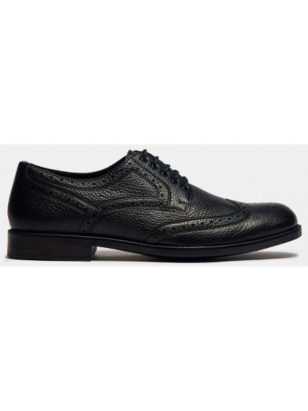 Текстильные деловые черные классические туфли с перфорацией Ralf Ringer