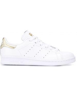 Кожаные кроссовки белый с логотипом Adidas