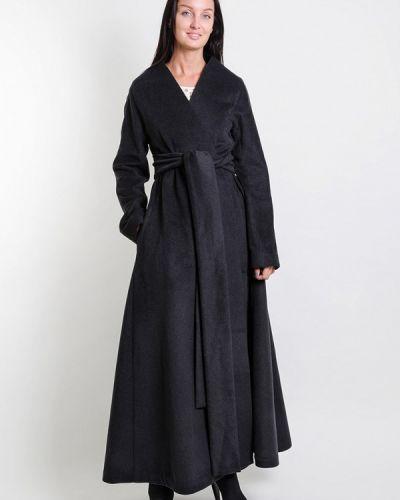 Черное пальто с капюшоном Kriza