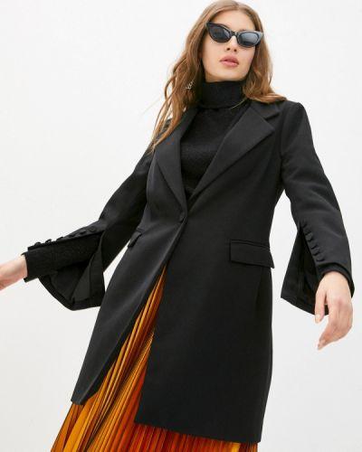 Черное пальто Silvian Heach