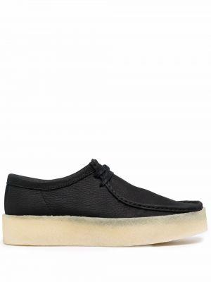 Черные кожаные туфли Clarks