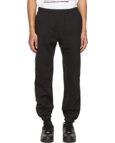Czarne spodnie bawełniane z haftem Psychworld