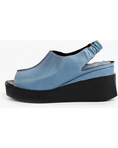 Синие кожаные босоножки Laremo