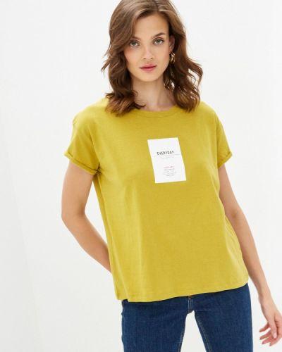 С рукавами желтая футболка Sela