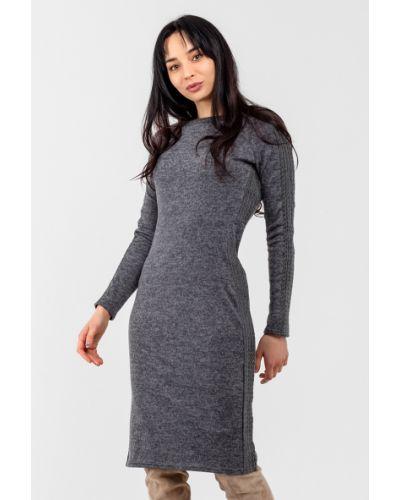 Серое трикотажное платье Modniy Oazis