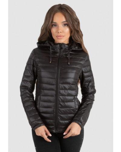 Черная куртка Whitefox