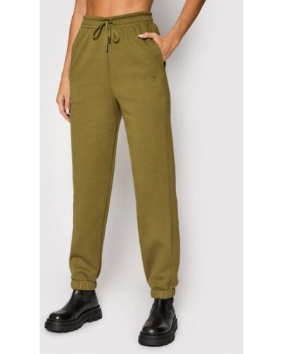 Zielone spodnie dresowe Gestuz