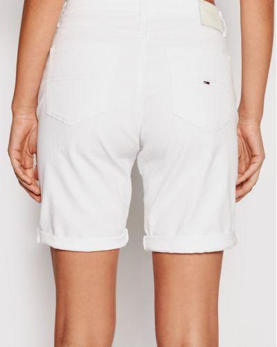 Białe szorty jeansowe Tommy Jeans
