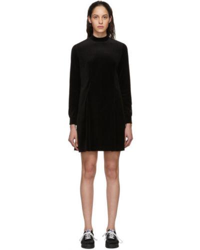 Czarna sukienka mini z długimi rękawami Perks And Mini