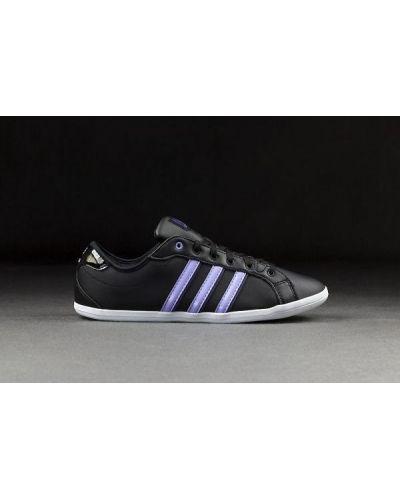 Klasyczne derby Adidas