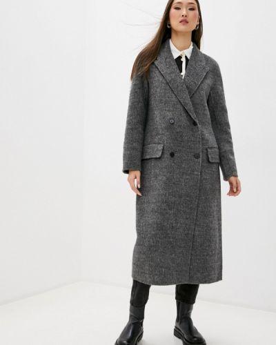 Серое пальто Sandro