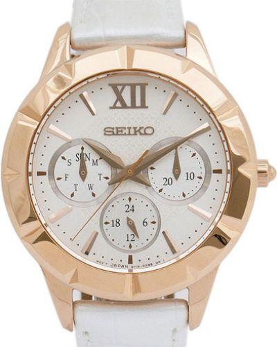 Часы на кожаном ремешке кварцевые водонепроницаемые Seiko