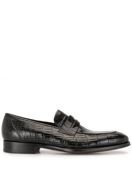 Черные лоферы из крокодила на каблуке Magnanni