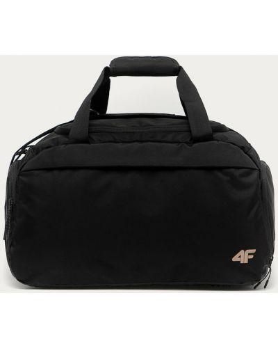 Czarna torebka 4f
