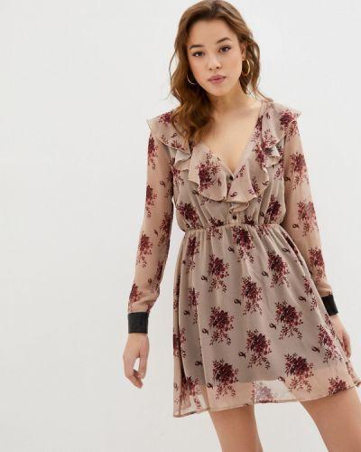Прямое бежевое платье Please