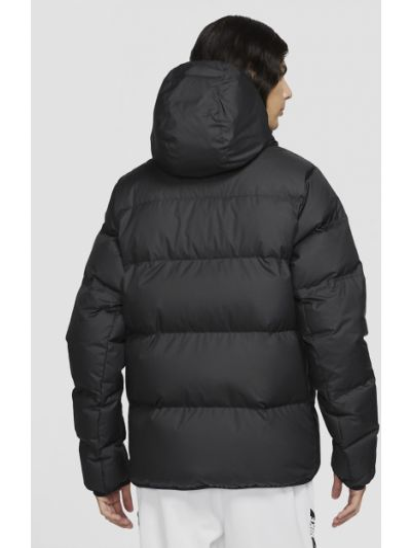 Черная куртка Nike
