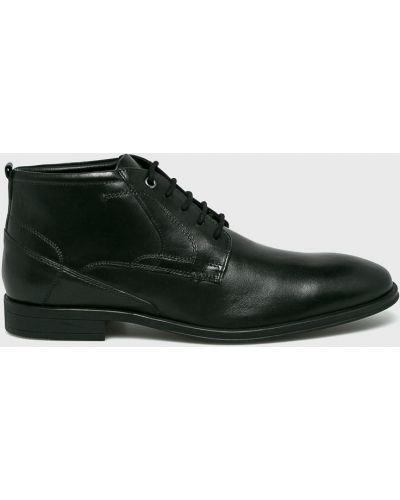 Кожаные ботинки высокие на каблуке S.oliver