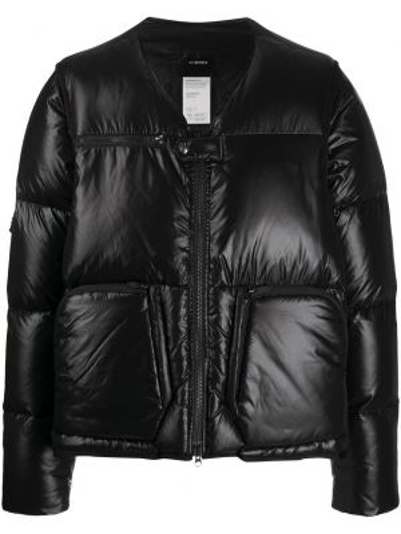 Czarna długa kurtka z nylonu z długimi rękawami Nilmance