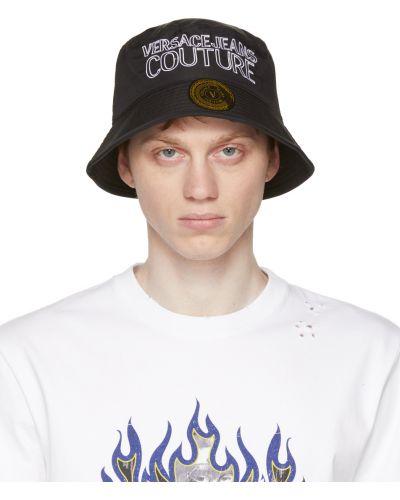 Czarny kapelusz z haftem Versace Jeans Couture