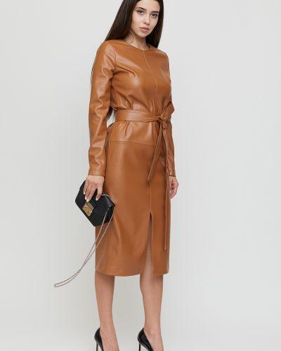 Прямое кожаное платье на торжество с разрезом Cardo