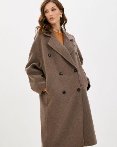 Коричневое пальто Mango