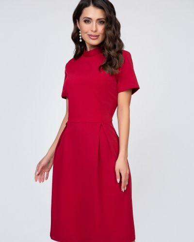 Приталенное повседневное с рукавами платье Belluche
