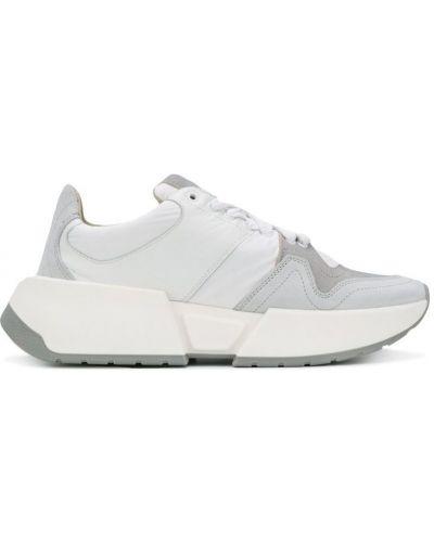 Белые кроссовки Maison Margiela