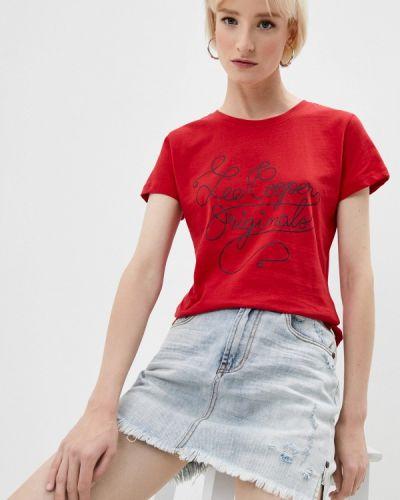 Красная с рукавами футболка Lee Cooper