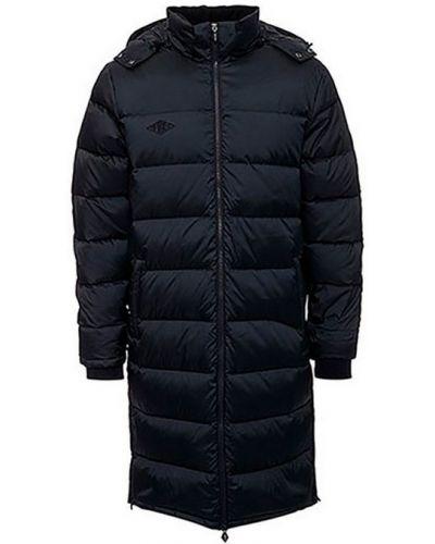 Утепленная куртка с капюшоном длинная Umbro
