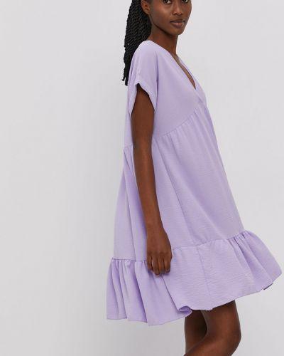 Sukienka mini z falbanami oversize casual Hailys
