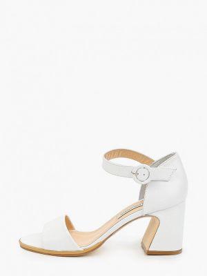 Кожаные белые босоножки Marco Bonne