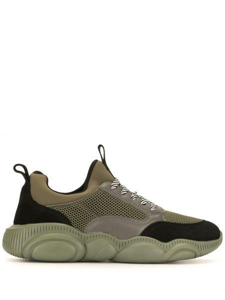 Ażurowy czarny sneakersy z siatką zasznurować Moschino