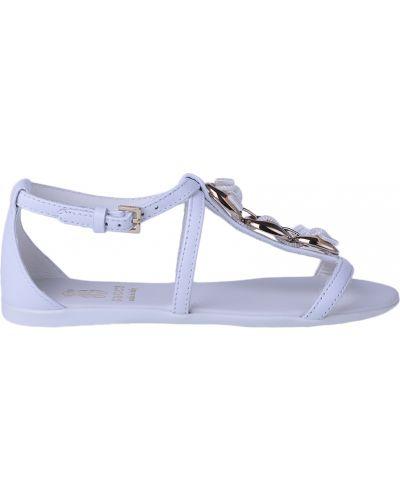 Босоножки белые Gucci