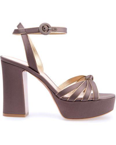 Босоножки на каблуке кожаные Gianvito Rossi