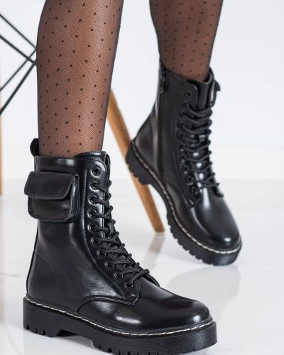 Czarne botki na platformie Vinceza