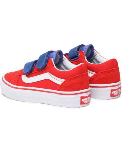 Czerwone sneakersy Vans