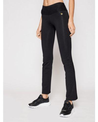 Czarne legginsy Deha