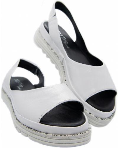 Кожаные сандалии - белые Trio Trend