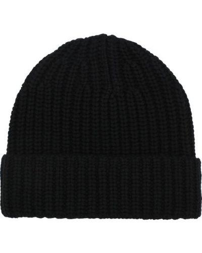 Черная шапка Joseph