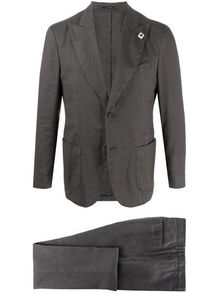 Костюмный серый льняной костюм Lardini