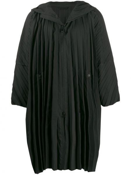 Płaszcz przeciwdeszczowy z kieszeniami długo Homme Plisse Issey Miyake