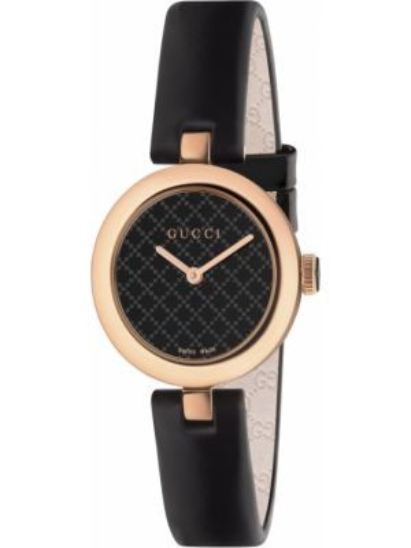 С ремешком кожаные черные часы на кожаном ремешке Gucci
